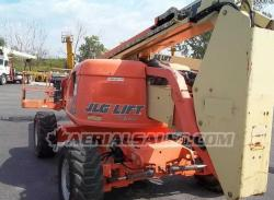 JLG 600A Articulating Manlift