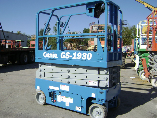 Used Scissor Lifts - New Scissorlift sales - Canada - USA - Mexico ...